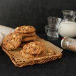【INICレシピ】混ぜて焼くだけチョコチャンククッキー